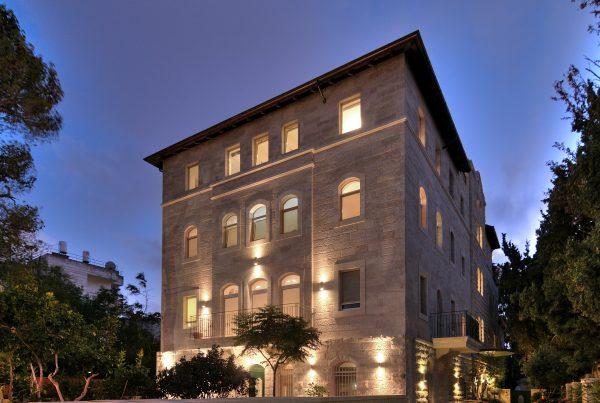 Baka Apartments